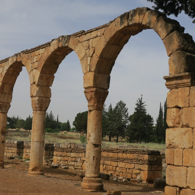 The preserved arches along the Decumanus Maximus at Anjar.