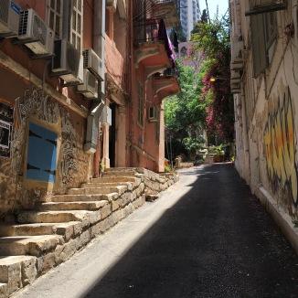 A very cute colonial street.