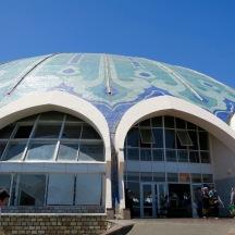 The outside of Tashkent's Chorsu Bazar.
