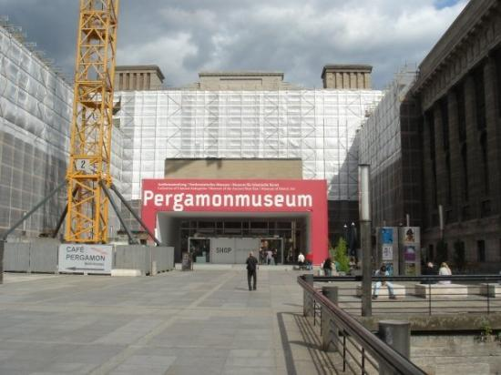 The entrance to the Pergamon Museum.