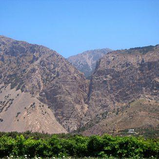 Ha Gorge behind Monestiraki.