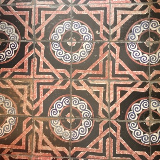 This tile was on the floor of the home that housed the tile museum.